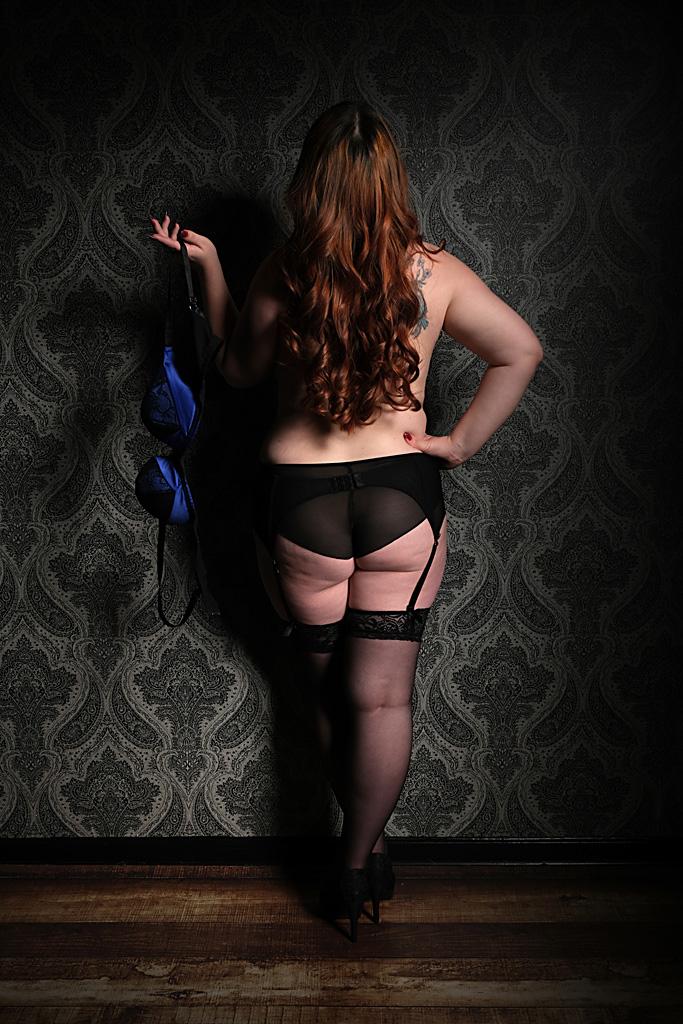 curvy-boudoir-photography