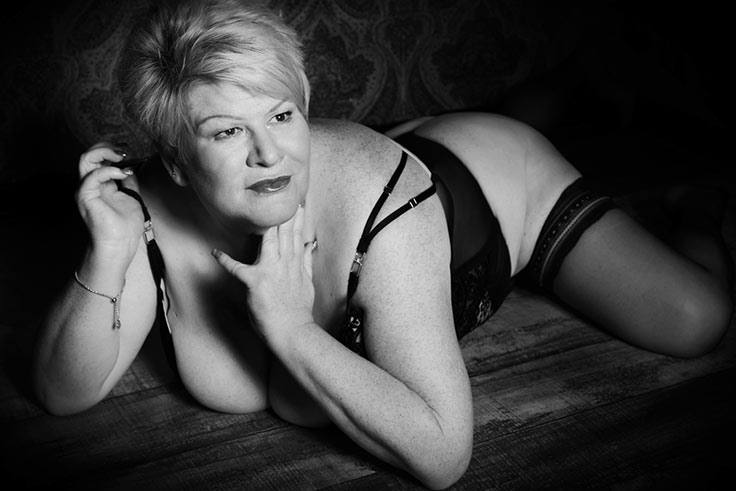 how-does-it-feel-having-a-boudoir-photoshoot