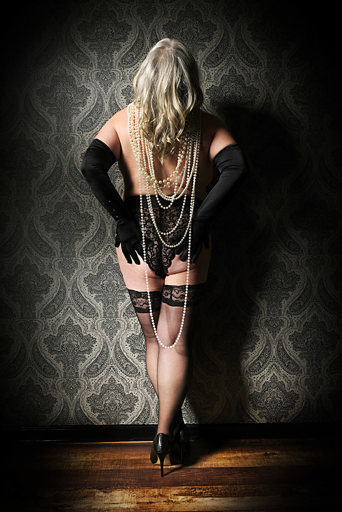 plus-size-boudoir-photographer