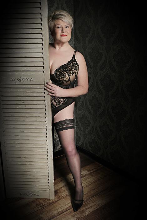 plus-size-boudoir-photography
